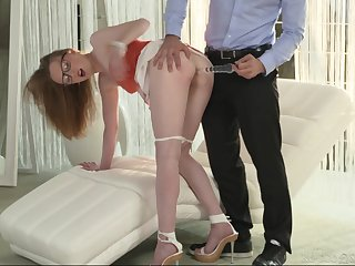 Nerdy blonde MILF Emma Day-dream opens wide for a jumbo cumshot