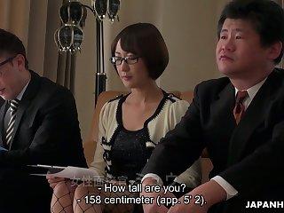 Japanese porn model Yui Ayana shows off say no to pinkish hole closeup
