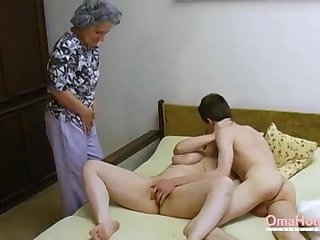 OmaHoteL Senior Three-Way Linty Mature Getting Off