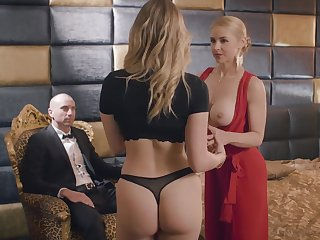 Sarah Vandella and her friend non-appearance to share a long dick on the chaise longue