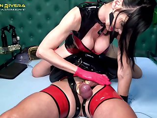 Crestfallen Carmen Rivera wants to haul over the coals her lover on touching BDSM sex game